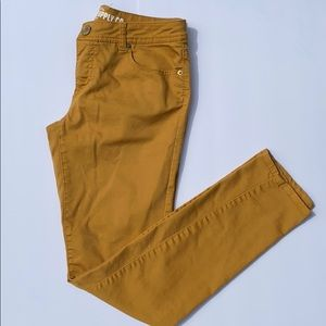 Mission Skinny Pants Fit 6 Size 9 Mustard Color